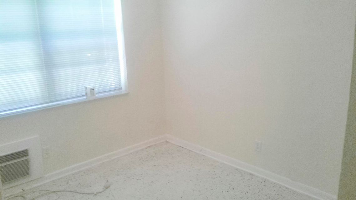 Additional photo for property listing at 251 Bradley Place 251 Bradley Place Palm Beach, Florida 33480 United States