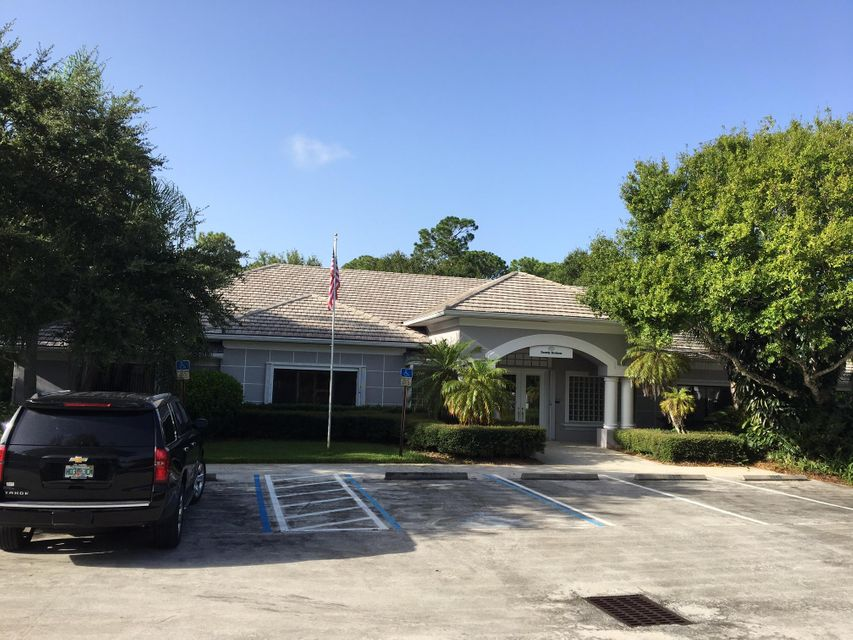 Additional photo for property listing at 2945 W Midway Road 2945 W Midway Road Fort Pierce, Florida 34981 Vereinigte Staaten