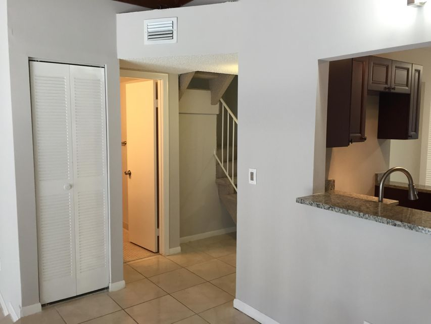 Villa for Rent at 2280 SW 81st Avenue 2280 SW 81st Avenue Davie, Florida 33324 United States