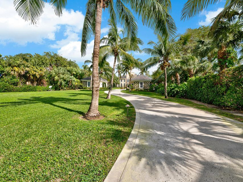 Additional photo for property listing at 211 S Beach Road 211 S Beach Road Hobe Sound, Florida 33455 United States