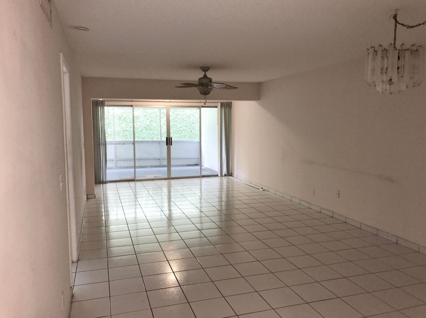 Additional photo for property listing at 1141 Calamondin Terrace  Delray Beach, Florida 33445 United States