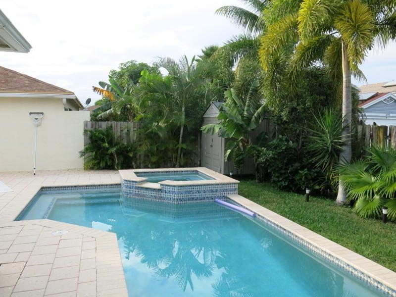 5965 Azalea Circle West Palm Beach, FL 33415 photo 21