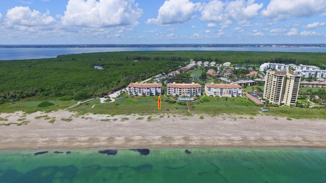 Additional photo for property listing at 1002 Windward Drive # 1002 1002 Windward Drive # 1002 Hutchinson Island, Florida 34949 United States