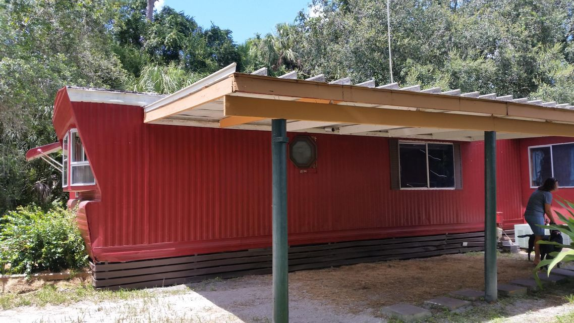 Additional photo for property listing at 12150 NE 22nd Avenue 12150 NE 22nd Avenue Okeechobee, Florida 34972 Estados Unidos