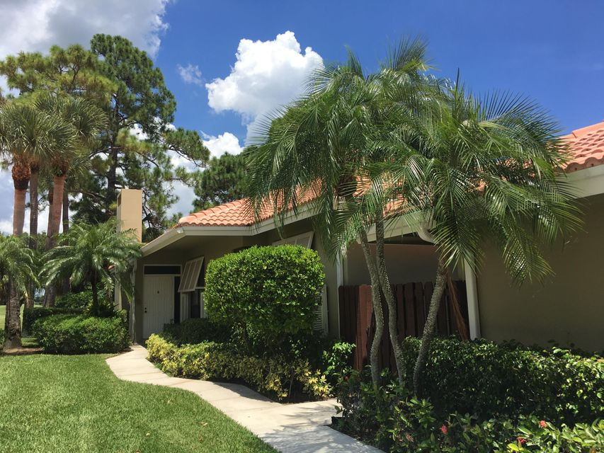Townhouse for Rent at 112 Old Meadow Way 112 Old Meadow Way Palm Beach Gardens, Florida 33418 United States