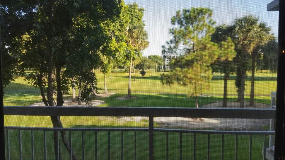 Additional photo for property listing at 6169 Balboa Circle 6169 Balboa Circle Boca Raton, Florida 33433 Estados Unidos