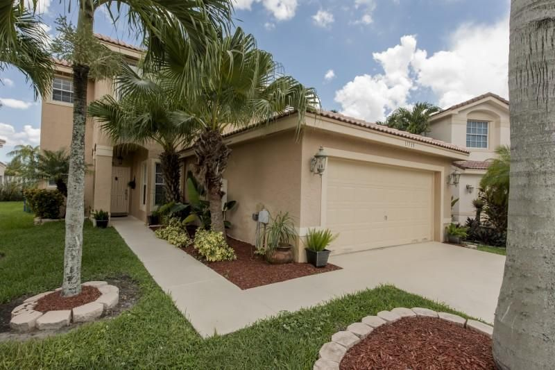 Single Family Home for Sale at 17735 SW 27th Court 17735 SW 27th Court Miramar, Florida 33029 United States