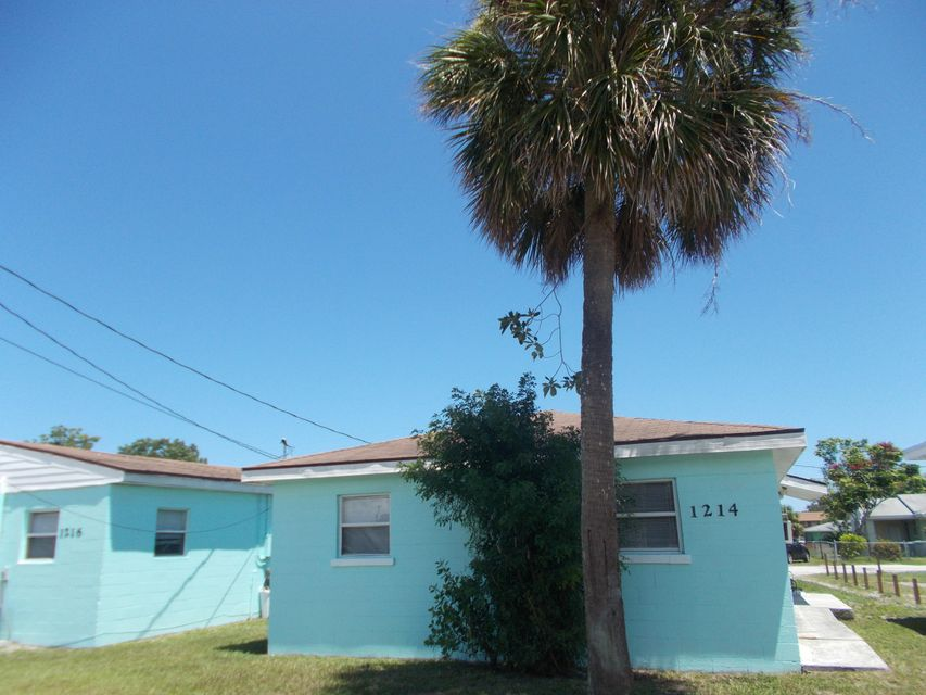 Duplex for Sale at 1214 17th Street 1214 17th Street Fort Pierce, Florida 34950 United States