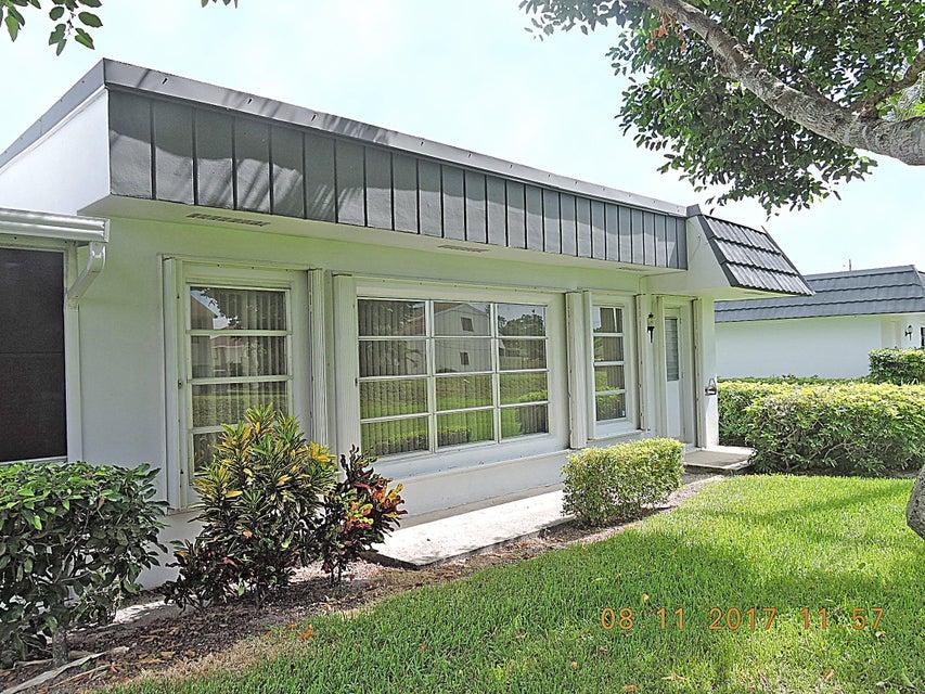 Villa für Verkauf beim 2886 Fernley Drive E 2886 Fernley Drive E West Palm Beach, Florida 33415 Vereinigte Staaten