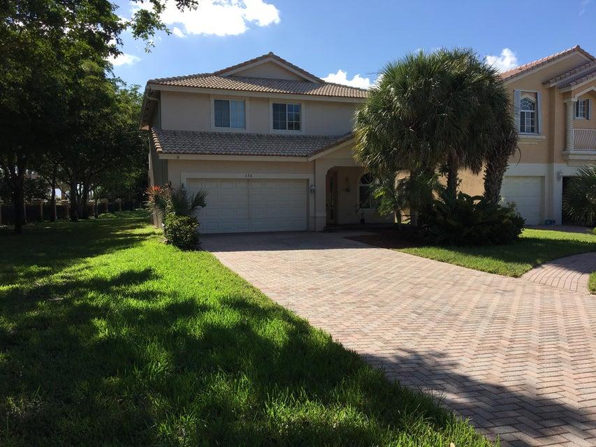 176 Bellezza Terrace Royal Palm Beach, FL 33411 photo 2