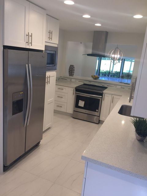 Additional photo for property listing at 7994 Eastlake Drive 7994 Eastlake Drive Boca Raton, Florida 33433 États-Unis