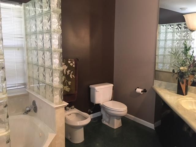 Additional photo for property listing at 920 Briarwood Drive  West Palm Beach, Florida 33415 Vereinigte Staaten