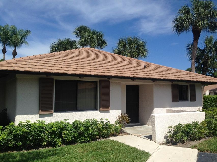Single Family Home for Rent at 835 Club Drive 835 Club Drive Palm Beach Gardens, Florida 33418 United States