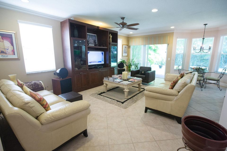 2840 Shaughnessy Drive Wellington, FL 33414 photo 9