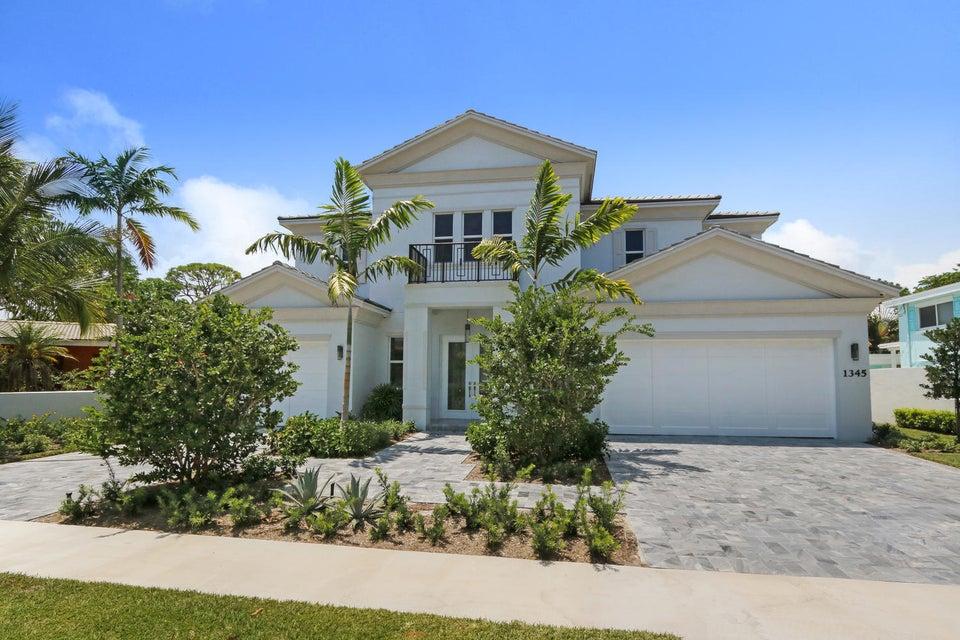 Single Family Home for Sale at 1345 NE 4th Court Boca Raton, Florida 33432 United States