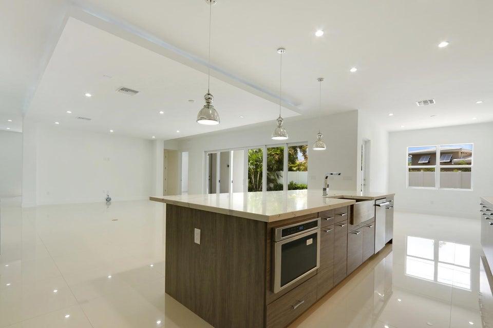 Additional photo for property listing at 1345 NE 4th Court  Boca Raton, Florida 33432 United States