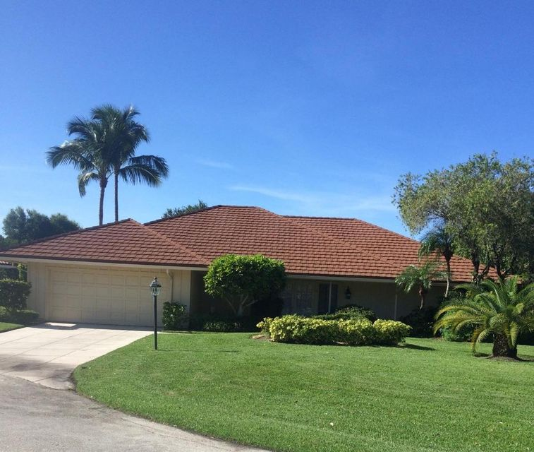 Home for sale in Glengary Palm Beach Gardens Florida