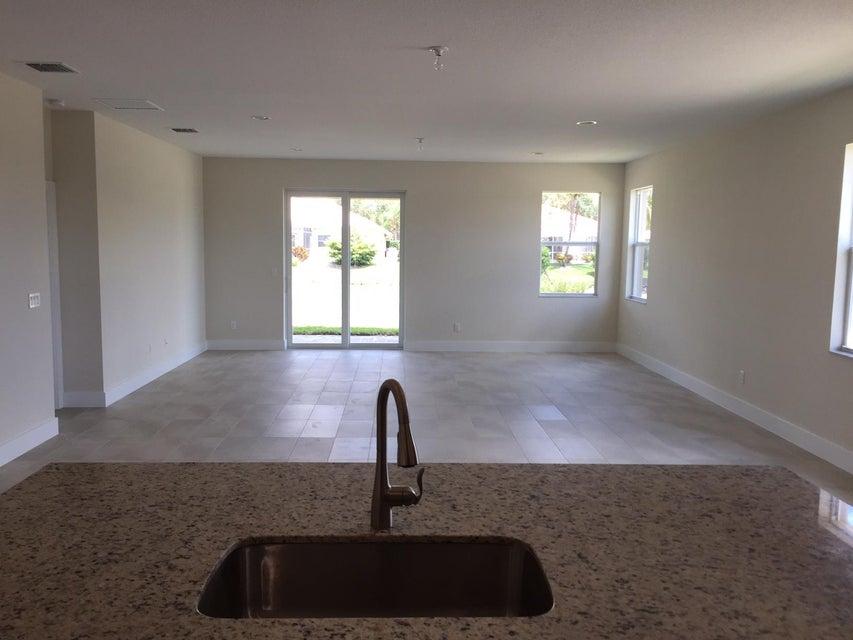 12041 Cypress Key Way Royal Palm Beach, FL 33411 photo 8