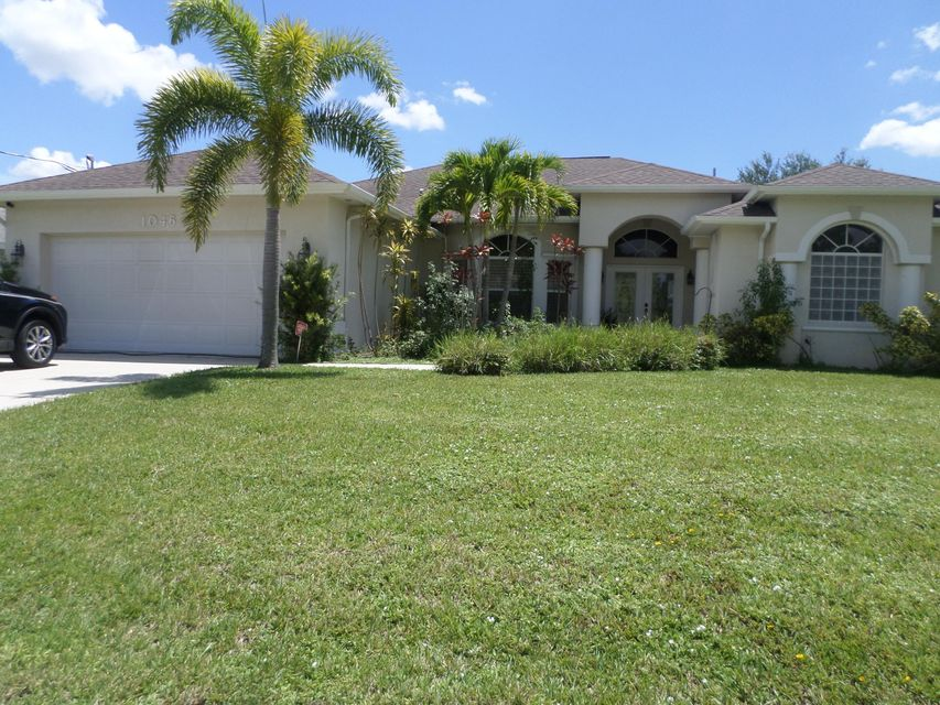 Single Family Home for Sale at 1046 SW Sultan Drive 1046 SW Sultan Drive Port St. Lucie, Florida 34953 United States