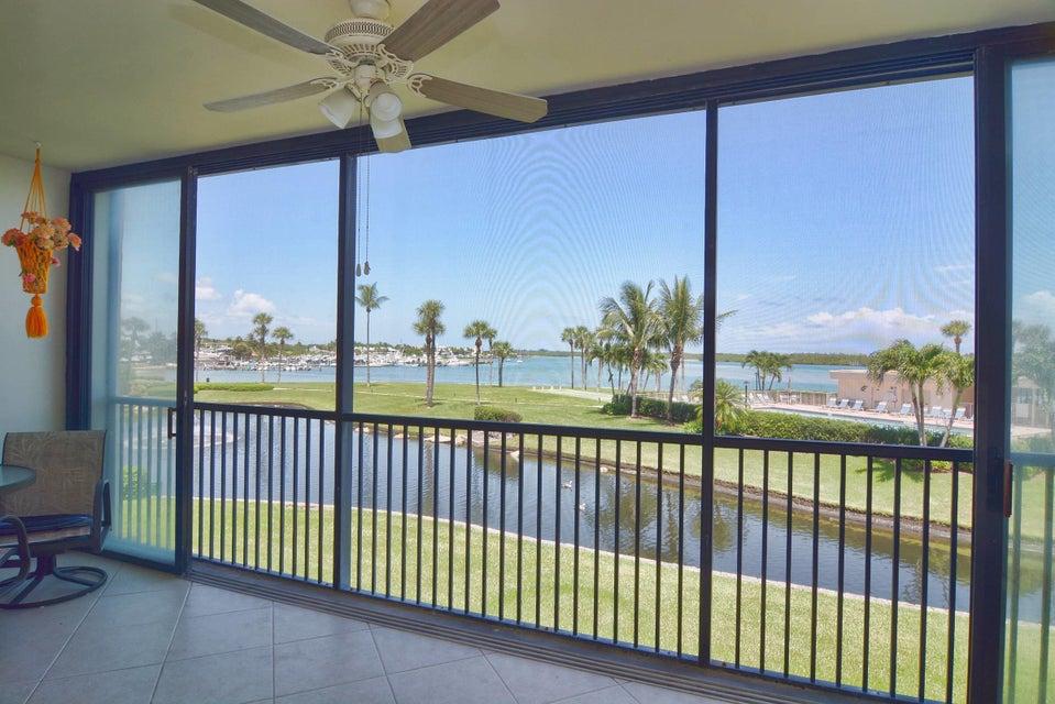 Co-op / Condominio por un Venta en 200 Intracoastal Place 200 Intracoastal Place Tequesta, Florida 33469 Estados Unidos