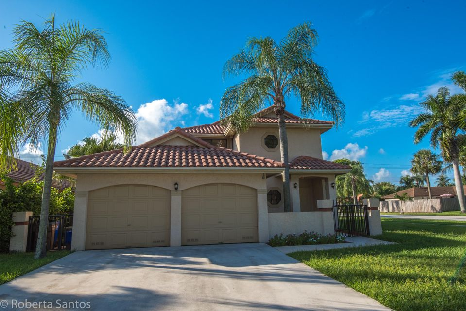 Single Family Home for Sale at 4184 NW 6th Court 4184 NW 6th Court Deerfield Beach, Florida 33442 United States
