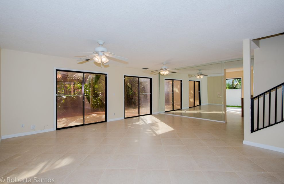 Additional photo for property listing at 4184 NW 6th Court 4184 NW 6th Court Deerfield Beach, Florida 33442 United States