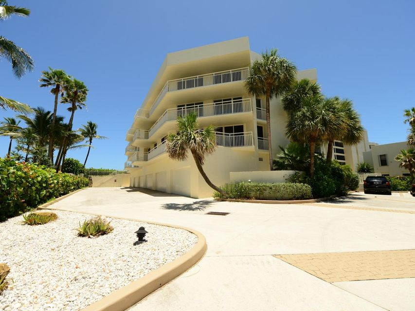 Co-op / Condo for Sale at 19930 Beach Road 19930 Beach Road Jupiter, Florida 33469 United States