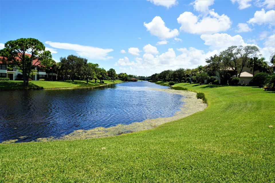 Additional photo for property listing at 3940 Back Bay Drive # 140 3940 Back Bay Drive # 140 Jupiter, Florida 33477 United States