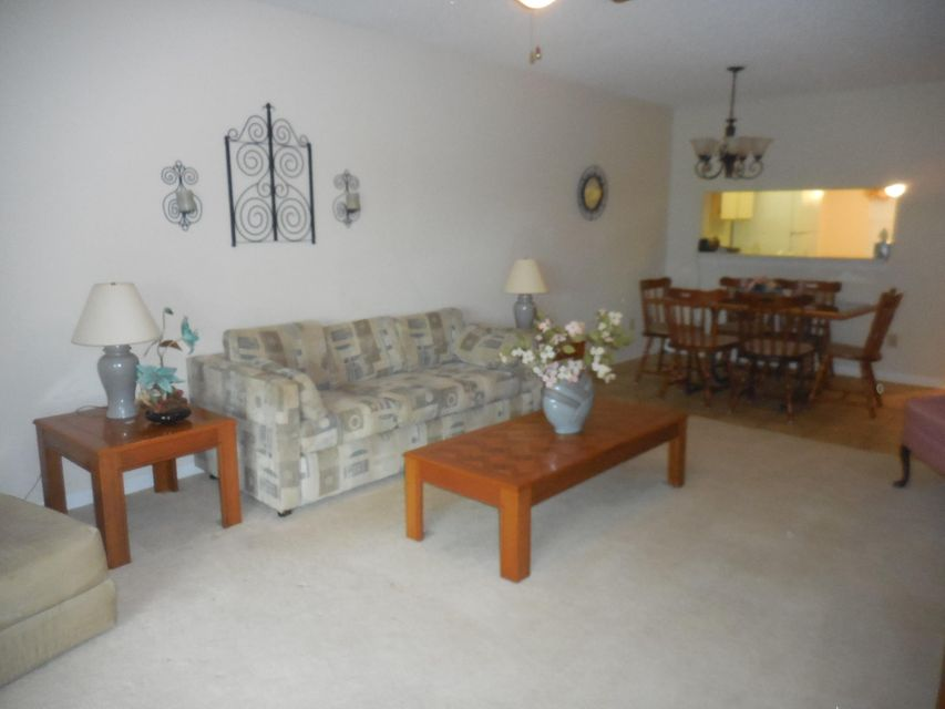 701-A Pinecrest Circle Jupiter FL 33458