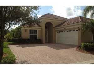 2051 Bonisle Circle , Palm Beach Gardens FL 33418 is listed for sale as MLS Listing RX-10361358 14 photos