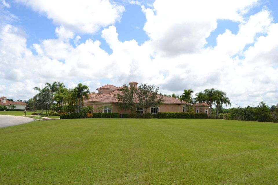 Additional photo for property listing at 136 SE Via San Marino 136 SE Via San Marino Port St. Lucie, Florida 34984 Estados Unidos