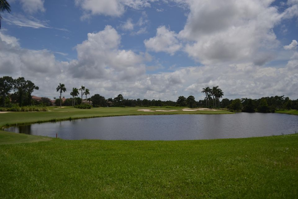 120 SE Mira Lavella - Port St Lucie, Florida