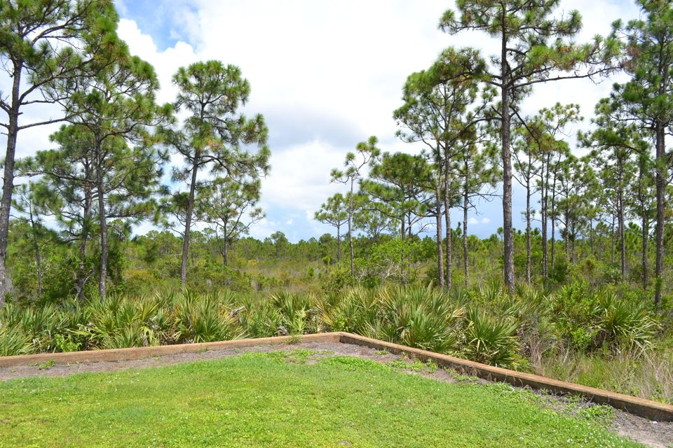 Additional photo for property listing at SE Tramonto Se Street SE Tramonto Se Street Port St. Lucie, Florida 34984 Estados Unidos