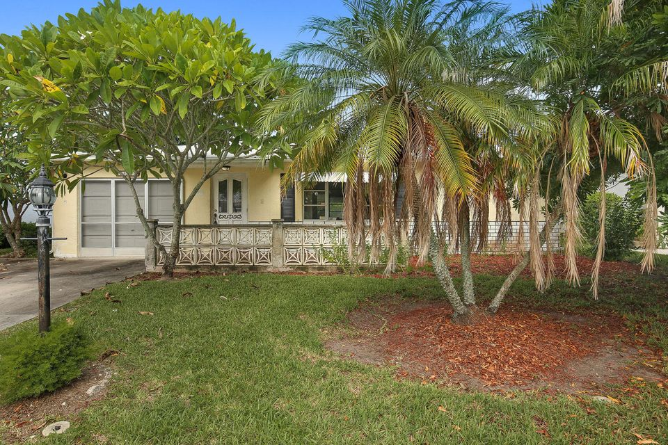 14360 Amapola Drive , Delray Beach FL 33484 is listed for sale as MLS Listing RX-10361518 20 photos