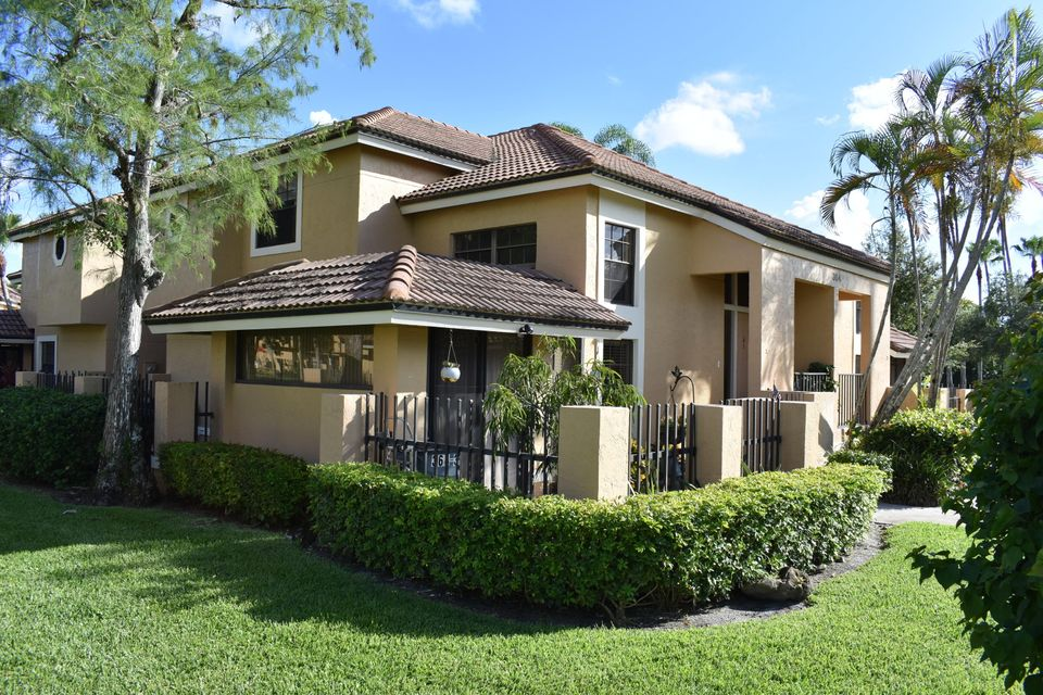 364 Prestwick Circle 3 , Palm Beach Gardens FL 33418 is listed for sale as MLS Listing RX-10361537 13 photos