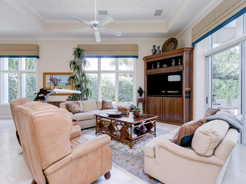 16709  Port Royal Circle , Jupiter FL 33477 is listed for sale as MLS Listing RX-10364175 photo #20
