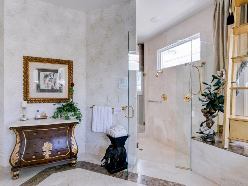 16709  Port Royal Circle , Jupiter FL 33477 is listed for sale as MLS Listing RX-10364175 photo #32
