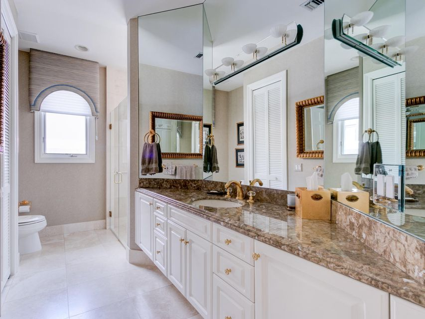 16709  Port Royal Circle , Jupiter FL 33477 is listed for sale as MLS Listing RX-10364175 photo #33