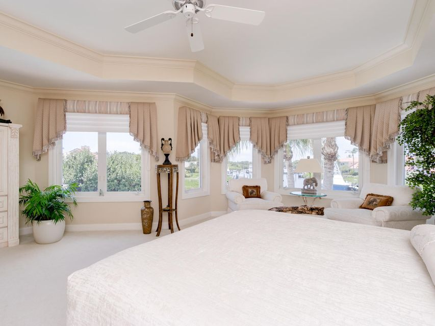 16709  Port Royal Circle , Jupiter FL 33477 is listed for sale as MLS Listing RX-10364175 photo #37