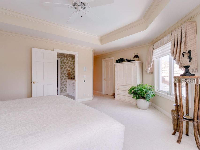 16709  Port Royal Circle , Jupiter FL 33477 is listed for sale as MLS Listing RX-10364175 photo #39
