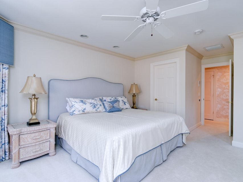16709  Port Royal Circle , Jupiter FL 33477 is listed for sale as MLS Listing RX-10364175 photo #44