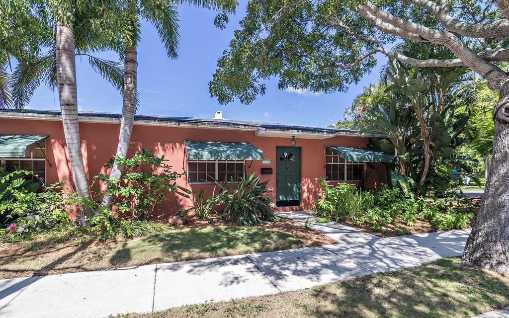 700 Kanuga Drive  West Palm Beach, FL 33401