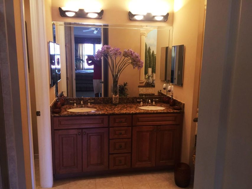 Additional photo for property listing at 4813 Sawgrass Breeze Drive 4813 Sawgrass Breeze Drive Palm Beach Gardens, Florida 33418 Vereinigte Staaten