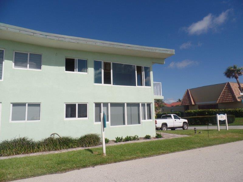 5700 Old Ocean Boulevard F  Ocean Ridge FL 33435