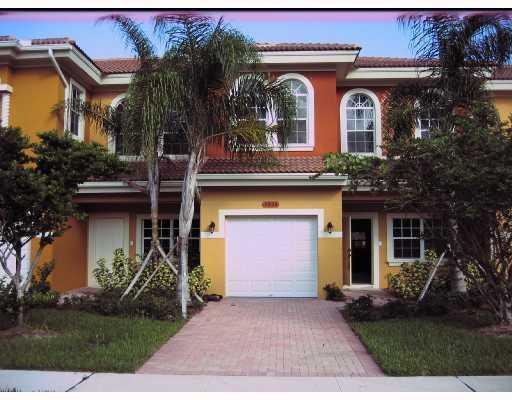 Casa unifamiliar adosada (Townhouse) por un Venta en 5814 Erik Way 5814 Erik Way Greenacres, Florida 33463 Estados Unidos