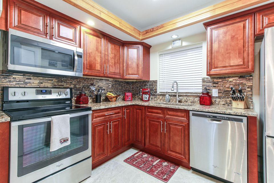 10693 N Military Trail 15 , Palm Beach Gardens FL 33410 is listed for sale as MLS Listing RX-10365860 19 photos