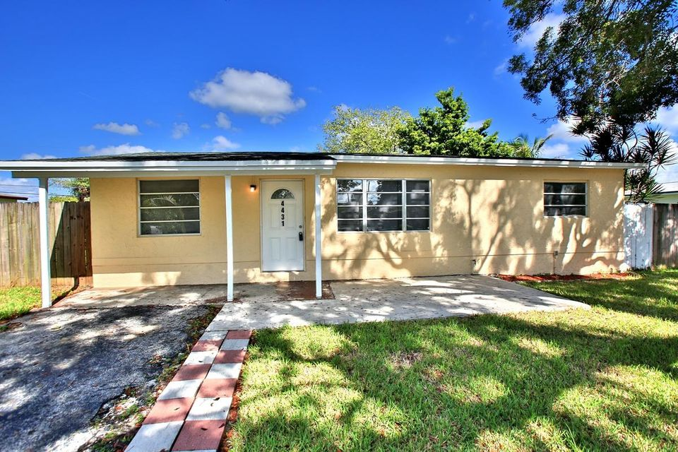 Rentals for Rent at 4431 NW 59 Court 4431 NW 59 Court North Lauderdale, Florida 33319 United States