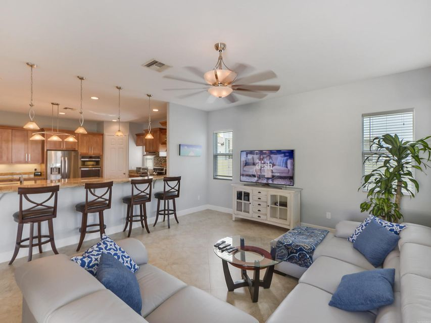 Additional photo for property listing at 190 Arlington Road 190 Arlington Road West Palm Beach, Florida 33405 United States