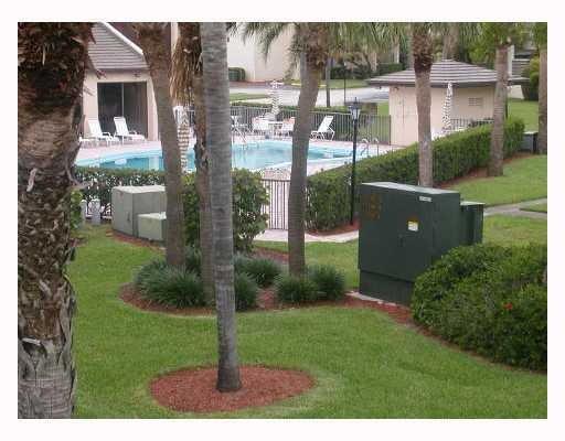 Cooperativa / condomínio para Locação às 1605 S Us Highway 1 1605 S Us Highway 1 Jupiter, Florida 33477 Estados Unidos
