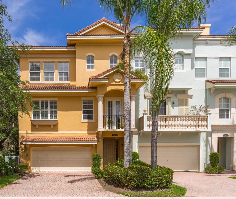 2650 Ravella Lane , Palm Beach Gardens FL 33410 is listed for sale as MLS Listing RX-10362328 19 photos